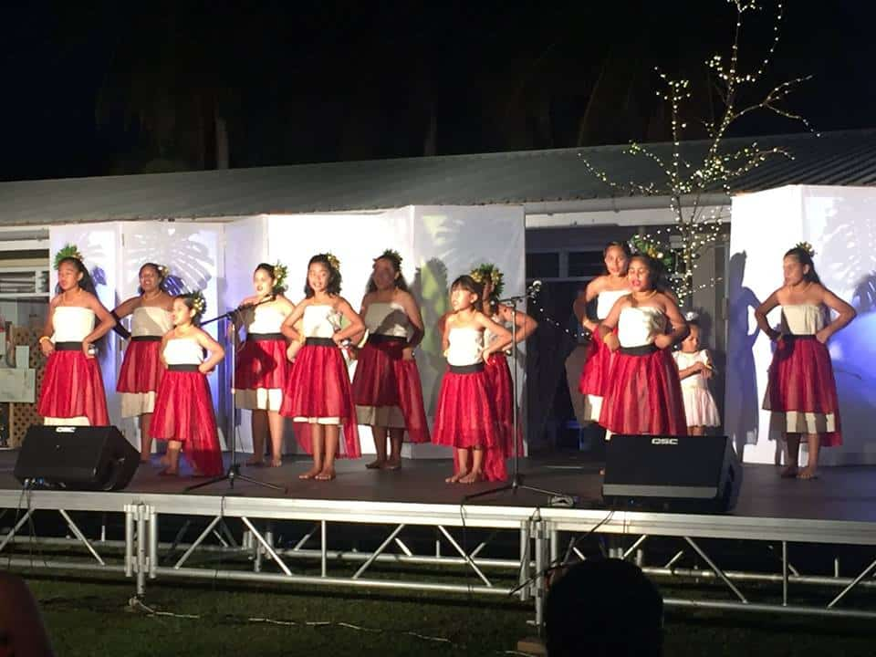 Koli Mai A – Alofi based dance group lead by former Miss South Pacific Sinahemana Hekau lit up the commercial centre with their festive dancing under a full moon…