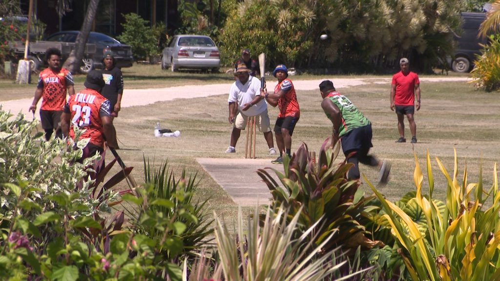Liku has secured their spot in the men's cricket finals after defeating Alofi  by just 2 runs over the weekend.  Tuapa battled it out with Lakepa at Vaiea cricket grounds over taking Lakepa's…