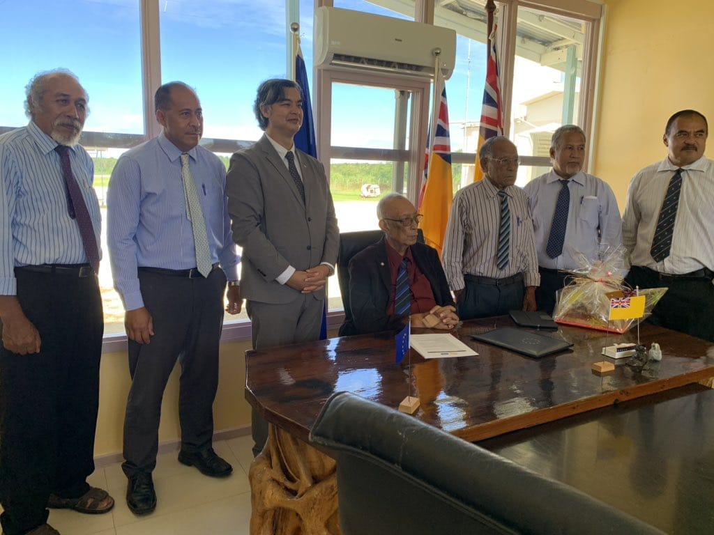 The European Union Ambassador to the Pacific Sujiro Seam  has presented his credentials to Cabinet.  He arrived on Monday for his first visit to Niue and met with the…