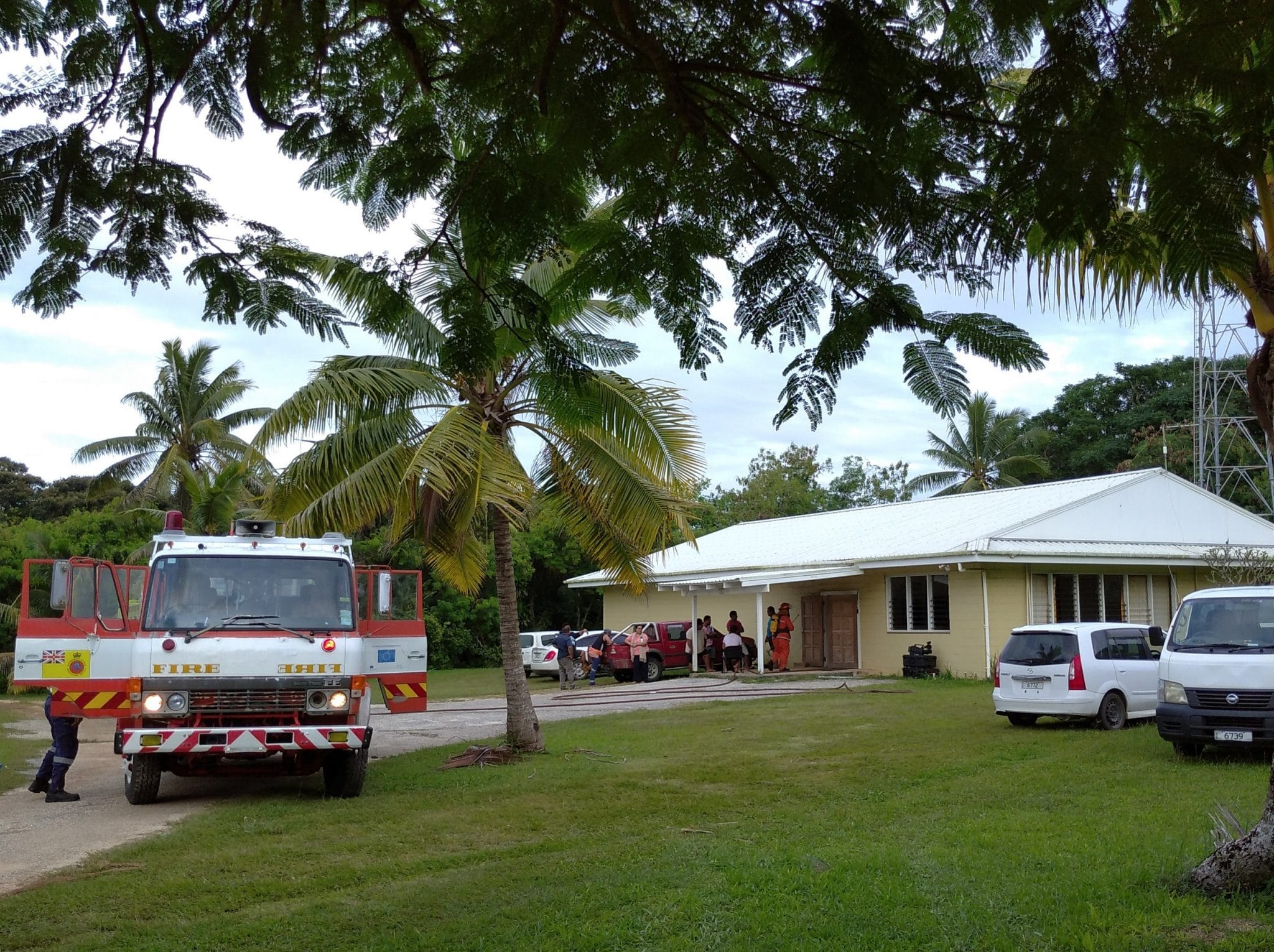 An early morning fire at the Broadcasting Corporation of Niue has destroyed the studios inside the building.  A radio announcer who arrived at the office for her early radio morning show found the…